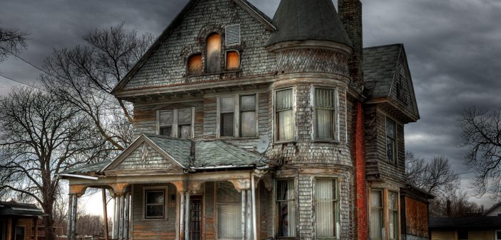 animal-house-horrors-people-search-spooky